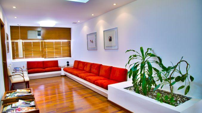 Sala de espera - Parquets Tropicales