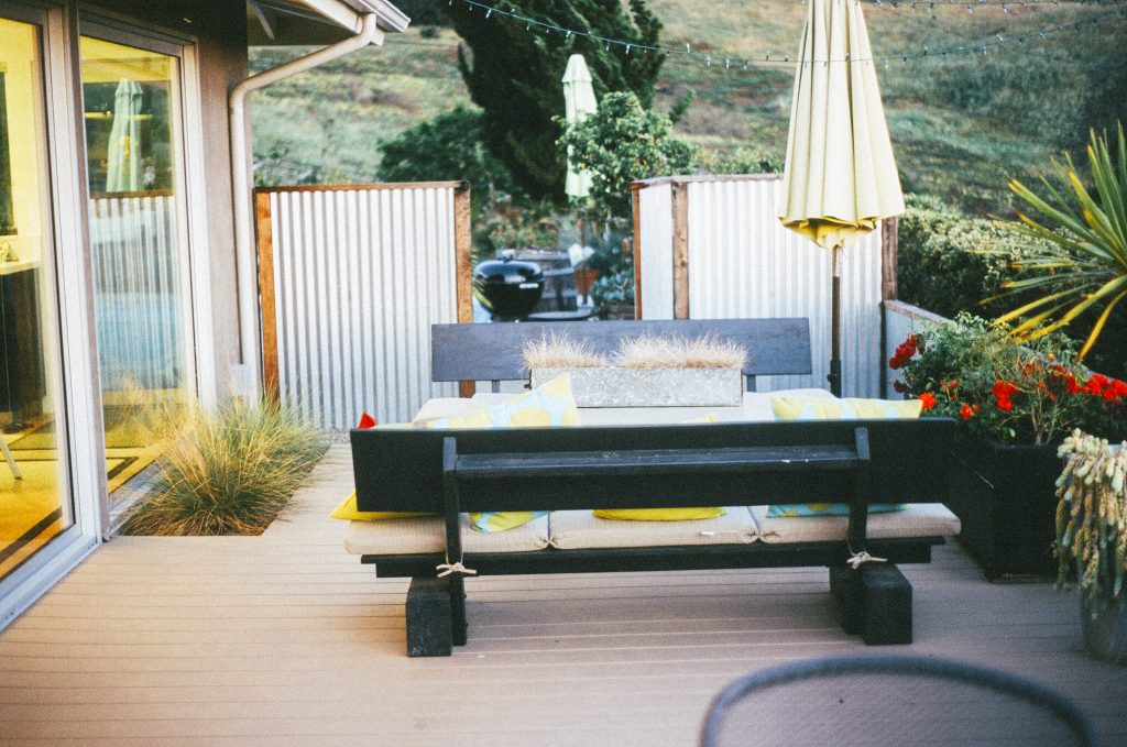 Terraza minimalista - Parquets Tropicales